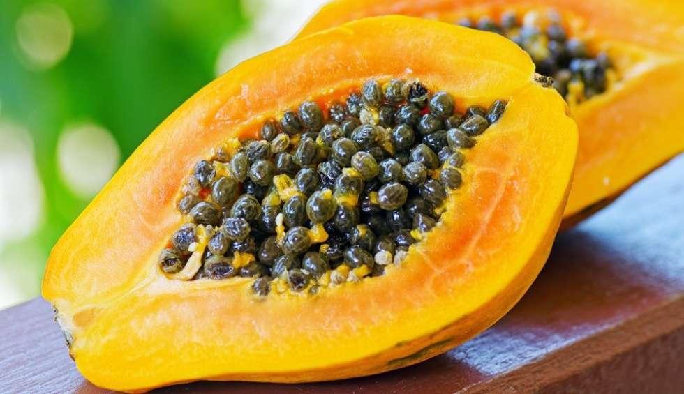 13 Health Benefits of Eating Papaya [Pawpaw]