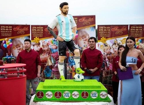 Argentina Celebrate Lionel Messi's 31st Birthday Ahead of Match against Nigeria [Photos]