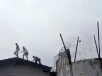 Edo State: Thugs Hijacks Edo EndSARS Protests Set Prisoners Free (Photos)